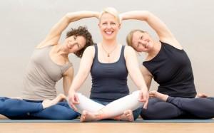 yoga_koeln_yogaroom_instructors_busch_hahn_welther_02
